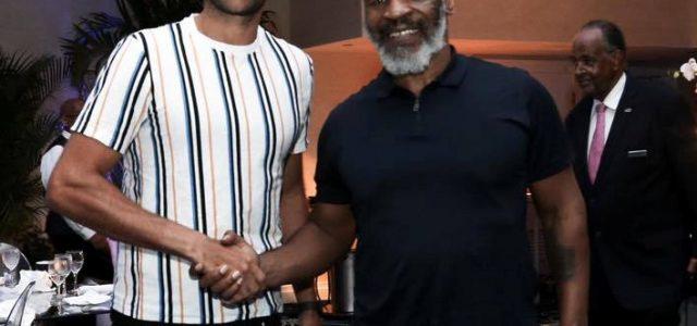 Copil l-a întâlnit pe Tyson, în cantonamentul Serenei Williams