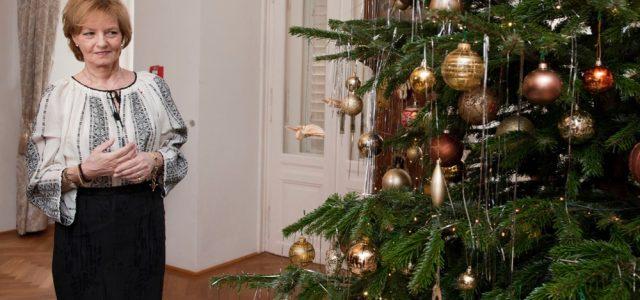 Majestatea Sa Margareta a prezentat presei bradul împodobit în Castelul Săvârşin