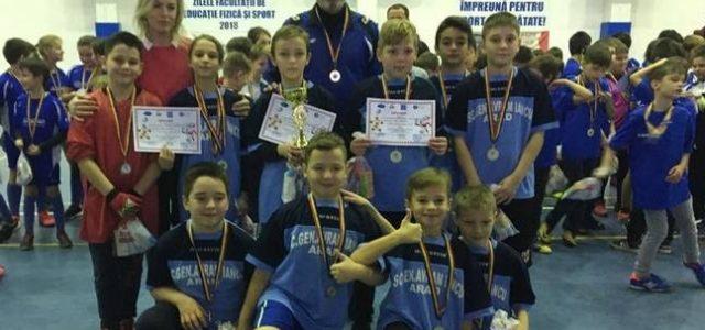 """Şcoala """"Avram Iancu"""" a câştigat Cupa """"Moş Crăciun"""""""