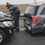 Accident pe autostrada Arad-Lugoj. Cinci persoane au fost rănite