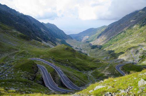 Transfagarasanul – unul dintre cele mai spectaculoase drumuri din lume