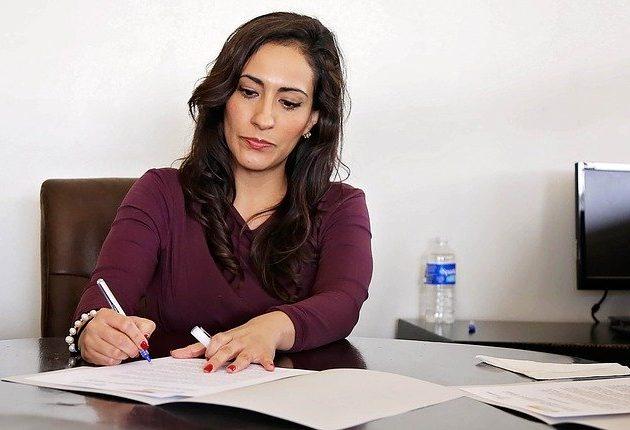 9 joburi pe care barbatii nu le pot face mai bine ca femeile. Tu stiai?