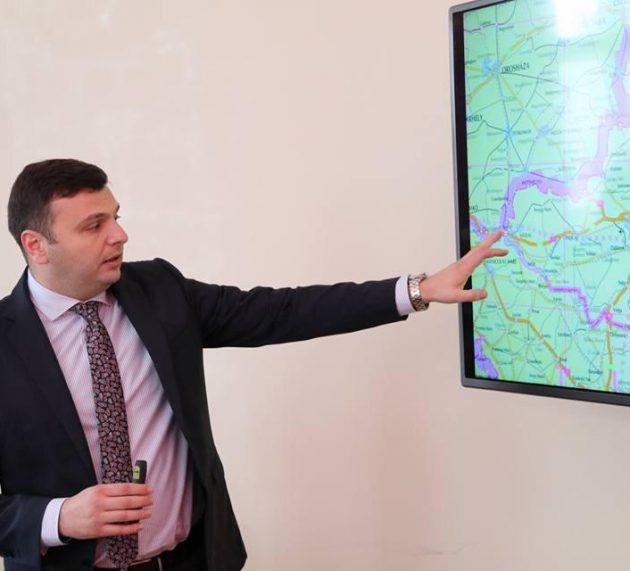 Sergiu Bîlcea: 70 de kilometri de covoare asfaltice în județul Arad