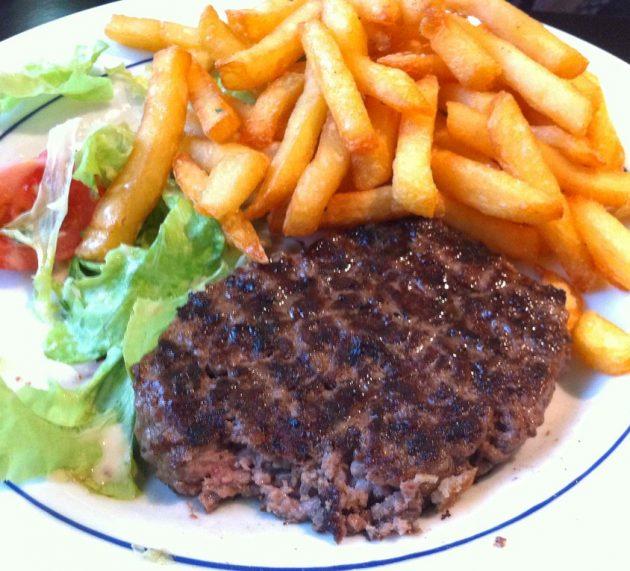 Rețeta bucătarului francez pentru Perfect Steak Haché, gătită acasă acasă