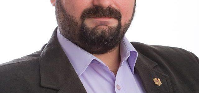 """Cosmin Buruc: """"Administraţia Bibarţ-Falcă, zero soluţii dar tupeu maxim"""""""