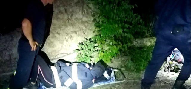 Un grup de 15 adulți și copii au fost salvați din pădurile de la Moneasa
