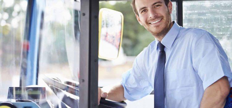 4 motive pentru a închiria un microbuz cu şofer
