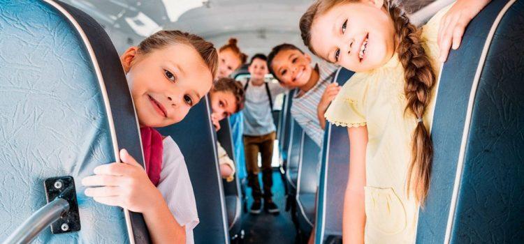 Beneficiile ȋnchirierii micobuzelor sau autocarelor pentru transportul copiilor