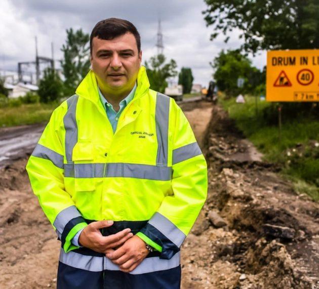"""Sergiu Bîlcea: ,,Se lucrează cu aproape 100 de oameni pe Arad-Șiria-Pâncota!"""""""