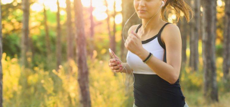 Ce se intampla in corpul nostru atunci cand alergam pe caldura