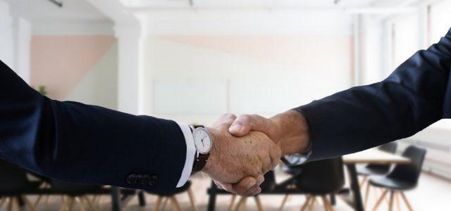USR și PLUS Arad au semnat acordul pentru locale