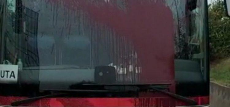 Autocarul UTA-ei a fost vandalizat de suporterii Rapidului!