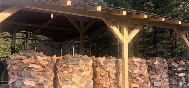 Romsilva va pune la dispoziția populației încă un milion de metri cubi de lemn pentru foc până la finalul anului