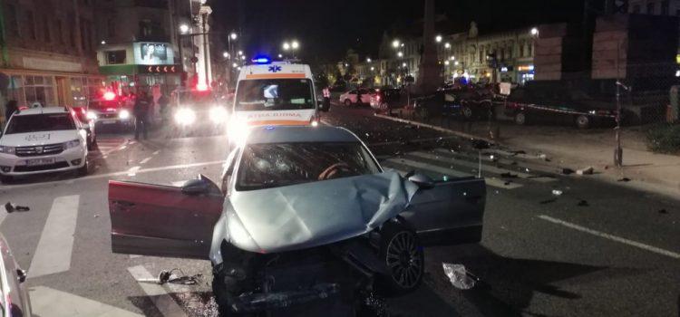 Șofer beat și fără permis spulberă o mașină în centrul Aradului