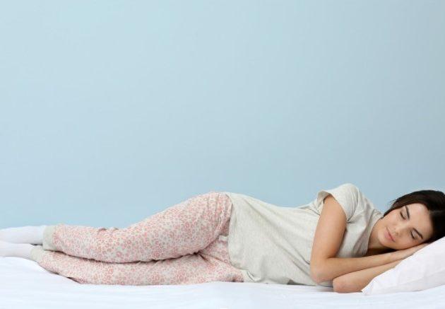Ai probleme cand incerci sa adormi? Afla cele 3 trucuri pentru un somn rapid!