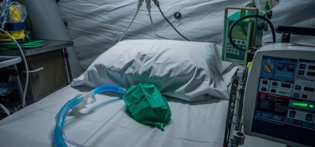Virusul nu iartă: încă 26 de morţi la Arad