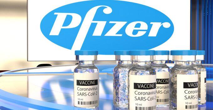 UE a comandat alte 100 de milioane de doze de vaccin Pfizer.