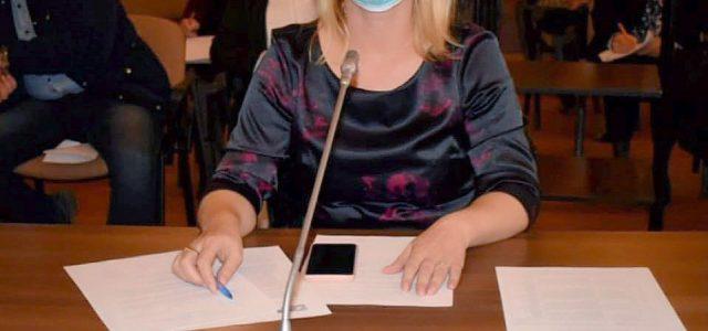"""Csilla Aur (PSD): """"Călin Bibarț nu are răspuns la adresa părinților privind posibila reluare a cursurilor din 8 februarie"""""""