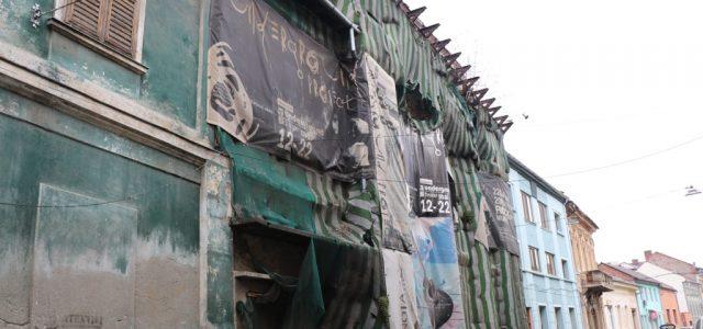 UDMR Arad acuză CJA de nepăsare la achiziționarea Teatrului Vechi, după un an de tergiversări