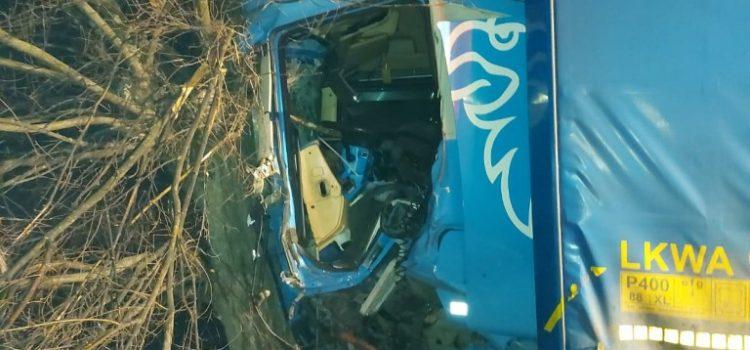 Accident rutier în apropiere de Șimand, șoferul descarcerat