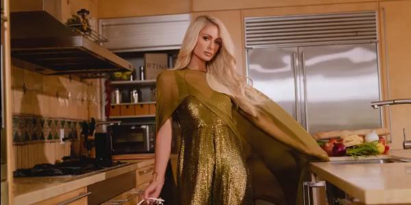 In varsta de 39 de ani, Paris Hilton a anuntat ca urmeaza un protocol de fertilizare in vitro