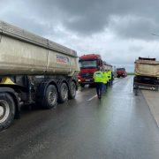 Iustin Cionca: Trei plăcuțe de înmatriculare reținute după controlul camioanelor pe drumurile județene