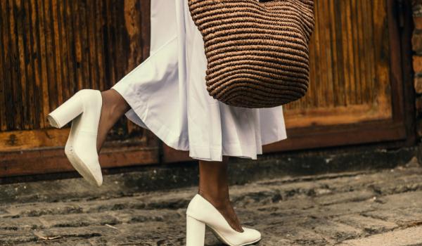 Aradul la pas – O pereche de pantofi pentru fiecare loc în care mergi