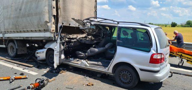 Accident pe autostradă, aproape de Ceala