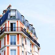 """Ce urmează pentru piața imobiliară în 2022: """"Este cel mai facil să îţi cumperi, astăzi, un apartament, comparativ cu orice perioadă din ultimii 13-15 ani"""""""